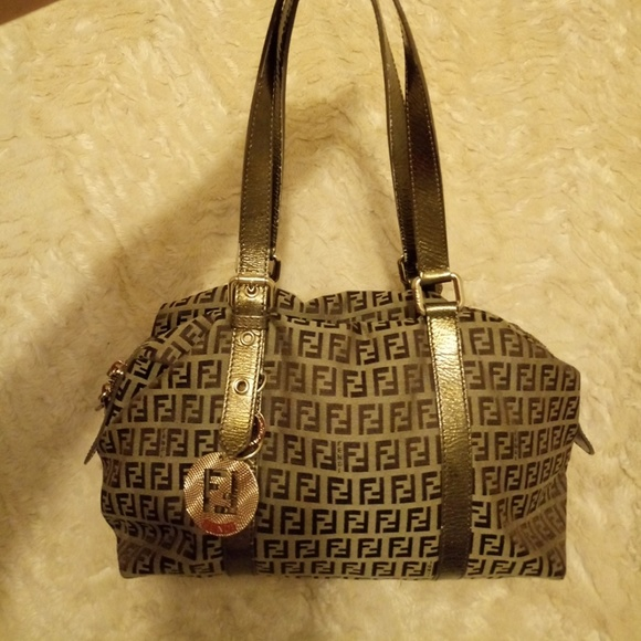 Fendi Handbags - Fendi Beautiful Bag bbc2f71176744